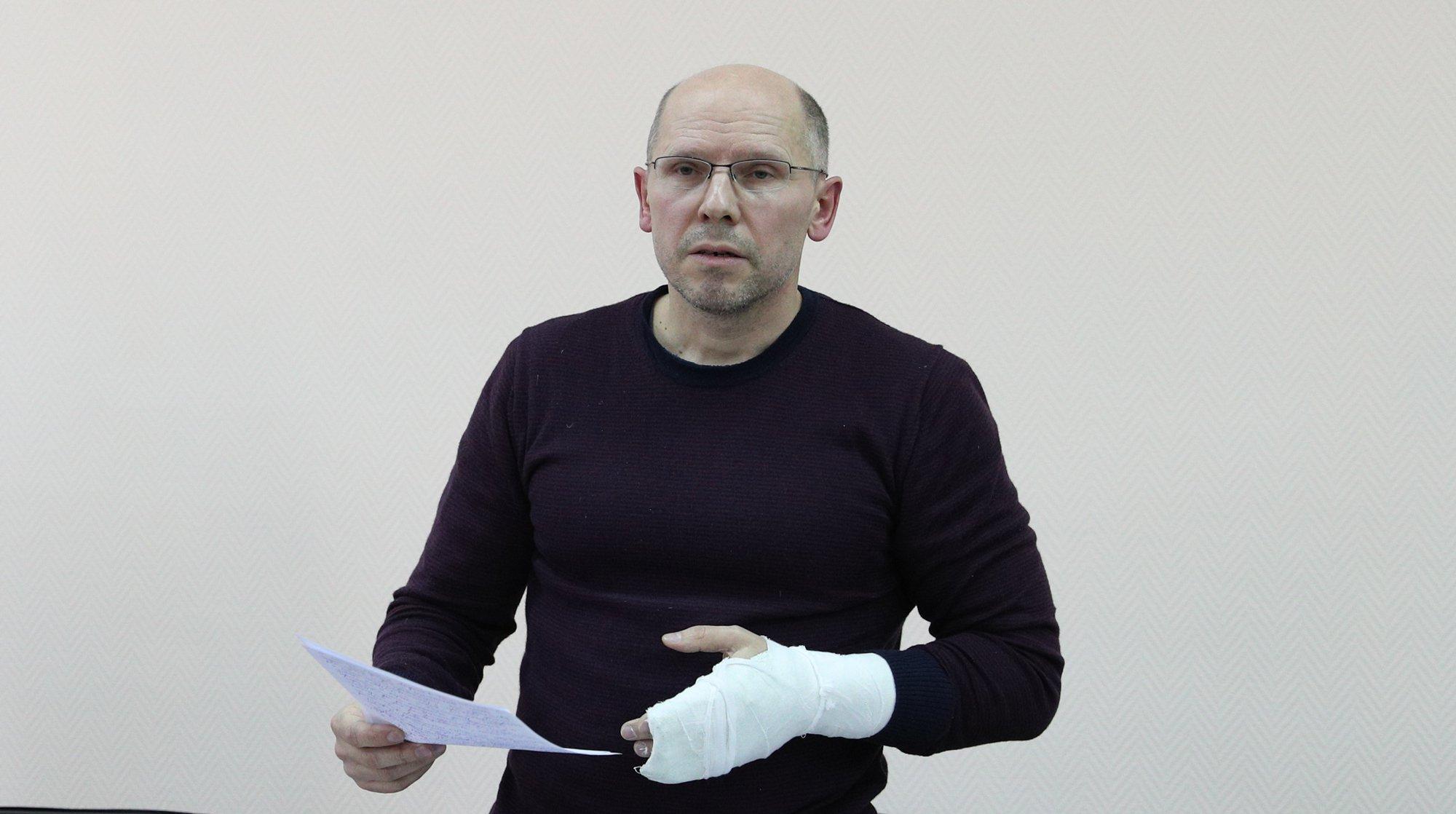 «Онсидит вкамере суголовниками инаркоманами»— Коллега Игоря Рудникова