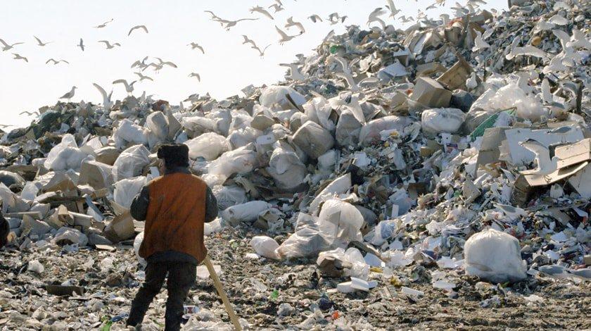ОНФ вознаградит метлами ивениками губернаторов самых чистых и нечистых регионов