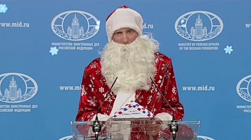 Дедушка Мороз набрифинге Захаровой: всё могу, однако RTубрать немогу