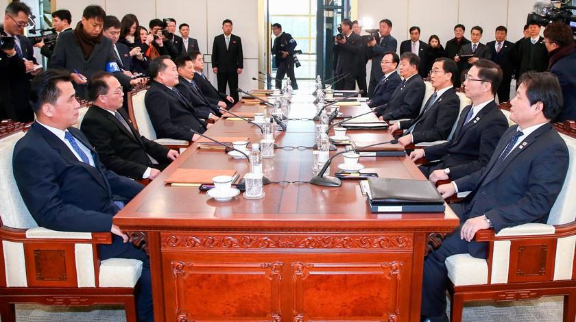 Власти Северной иЮжной Кореи договорились провести рабочие переговоры