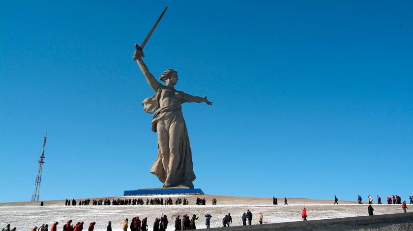 Жириновский иЗюганов посоветовали переименовать Волгоград вСталинград