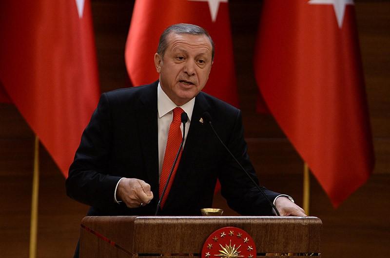 Эрдоган разъяснил обстрел попытавшихся ворваться вАфрин ополченцев