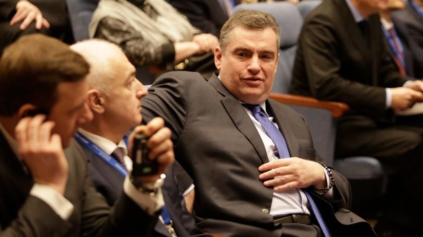 Государственная дума рассмотрит обвинения Слуцкого в домогательствах в закрытом режиме