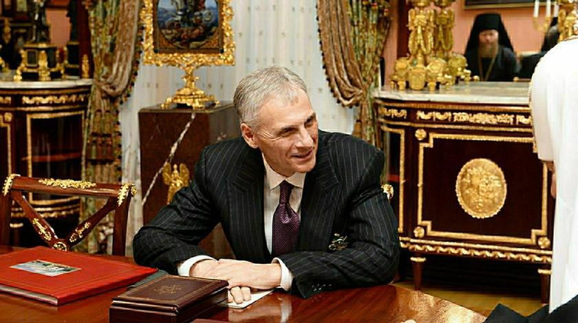 Выставленные нааукцион часы осуждённого экс-губернатора Сахалина упали вцене на90%