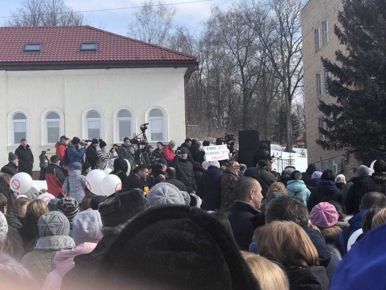 Волоколамское удушье: в РФ задержали организатора акций против мусорного полигона