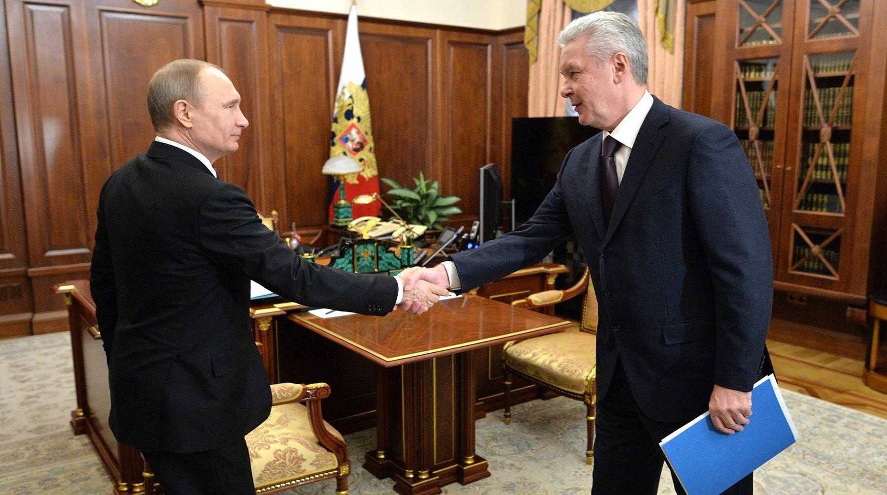 Путин указал Собянину напроблемы загруженности дорог имиграционных потоков