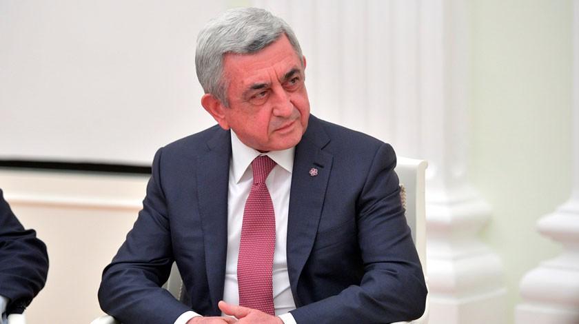 Премьер Армении подал вотставку после массовых протестов