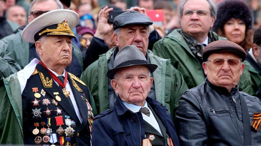 Впонедельник наТеатральной площади состоялась генеральная репетиция Парада