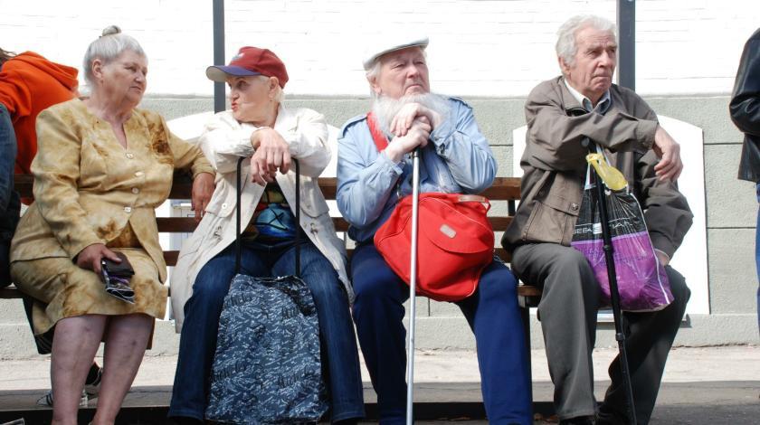 Пенсионный возраст в России могут повысить с 2019 года