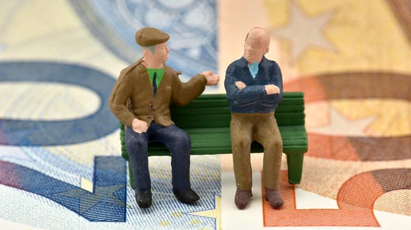 СМИ узнали о трех вариантах повышения пенсионного возраста в России