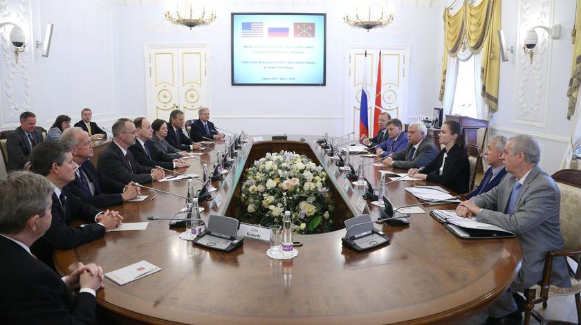Полтавченко объявил, что Петербург готов сотрудничать спредставителями США