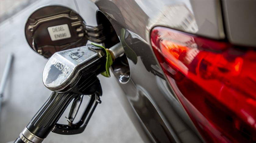 Стоимость топлива может вырасти из-за ряда факторов на мировом рынке считает саудовский чиновник